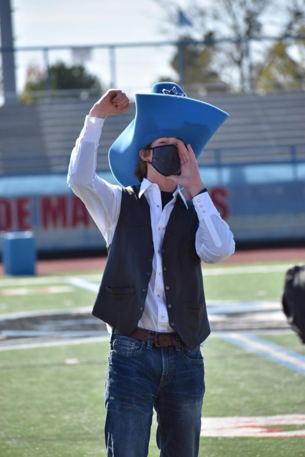 Mascot Braxton Waller hypes up crowd during virtual pep rally.