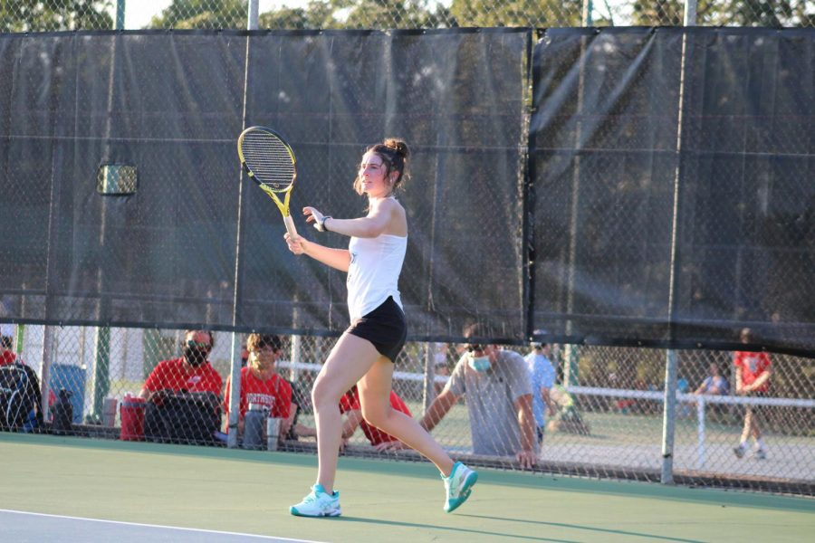 Tennis+Takes+on+Conference%2C+Finishes+Season